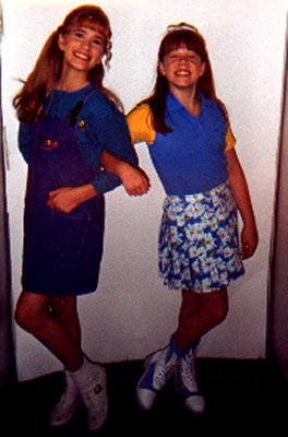 "Alexandra (Palm) Picatto and Lynsey Bartilson (then) on ""Kidsongs"""